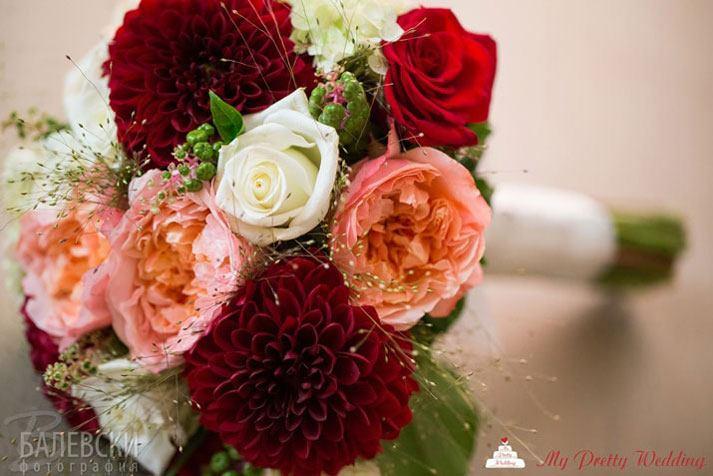 цветен сватбен букет